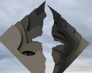memorial horn